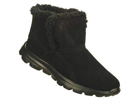 Womens On The GO Chugga Boot SRP: £67.00 - Trade Price: - £33.00 The Skechers On the GO - Chugga combines a soft all suede upper with faux fur lining.