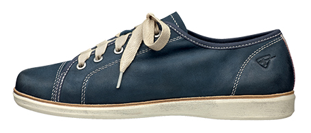 Tamaris art 23614 Softy glove leather trainer available in navy, pepper and cigar. Trade Price: £22.75 - RRP: £59.99