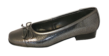 DSCF9803 – Style 3003SQ  In Pewter, leather upper and linings available to size 45.  Cost price: £26.99 - RRP: £69.99