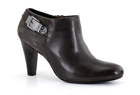 """Fabienne 03  Trade: £41.67 - RRP: £100  """"City Chic"""" – Beautifully tailored trouser shoe, with refined buckle trim."""
