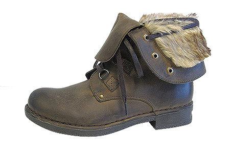 J2934-1-610  £89.99 Fur trimmed ankle book  with inner zip.