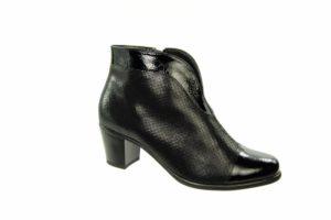 January Footwear Focus Road Test Alpina boot 7F906
